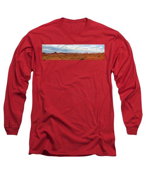 Monument Valley, Utah Long Sleeve T-Shirt