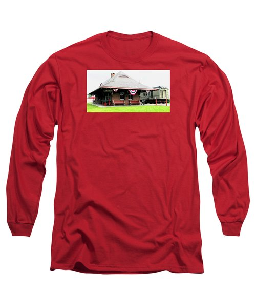 New Oxford Pennsylvania Train Station Long Sleeve T-Shirt