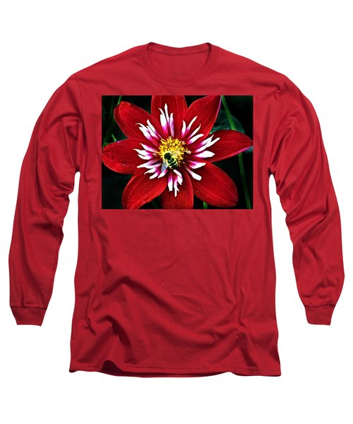 Red And White Flower With Bee Long Sleeve T-Shirt