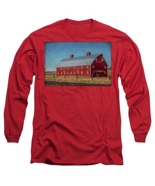 Red Barn By The Railroad Tracks Long Sleeve T-Shirt