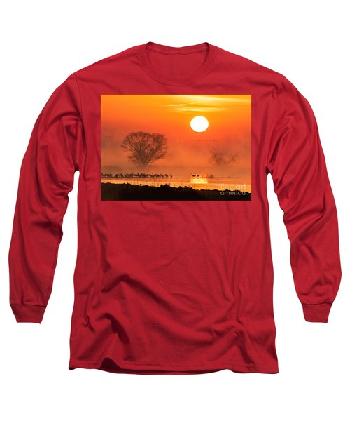 Sandhill Cranes In The Misty Sunrise Long Sleeve T-Shirt