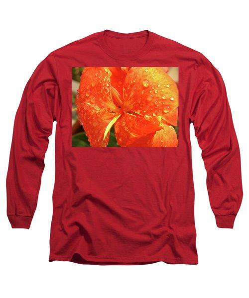 Stunning Canna Lily Long Sleeve T-Shirt