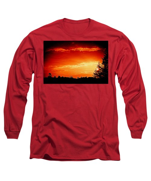Sunrise In Southport Maine Long Sleeve T-Shirt