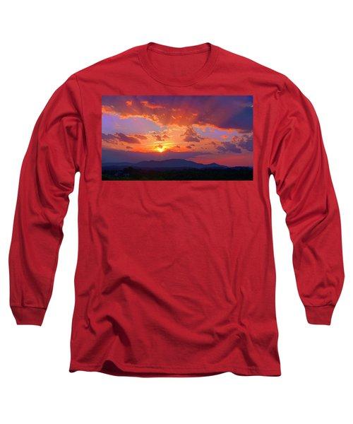 Sunset Rays At Smith Mountain Lake Long Sleeve T-Shirt