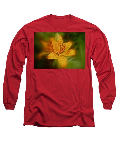Long Sleeve T-Shirt featuring the photograph Tiger Lily No. 1 by Richard Cummings