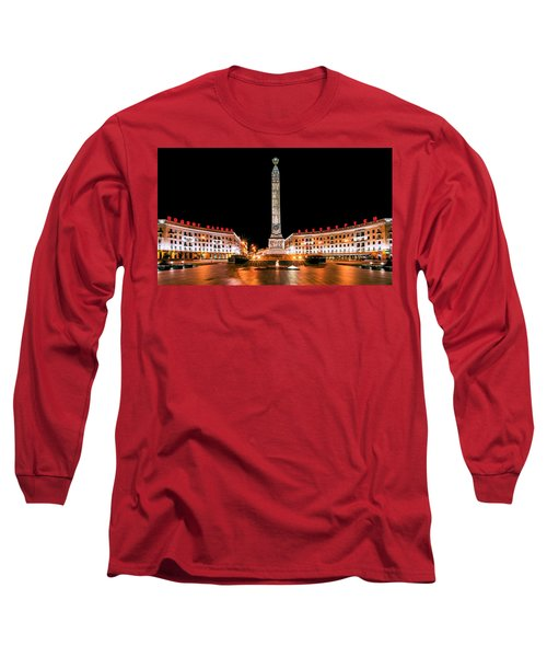 victory Square Long Sleeve T-Shirt