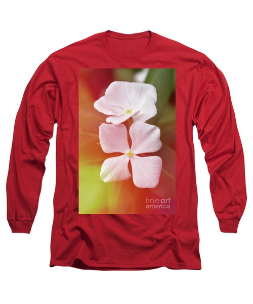 White Vinca With Vivid Highligts  Long Sleeve T-Shirt