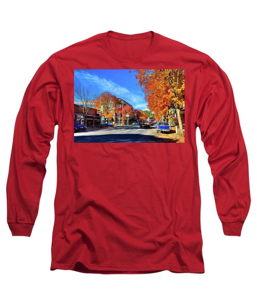 Long Sleeve T-Shirt featuring the photograph Autumn In Pullman by David Patterson