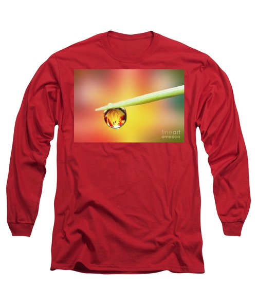Daylily In A Droplet Long Sleeve T-Shirt