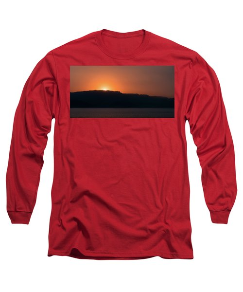 Sunset At Over The Mountains In The Red Sea Long Sleeve T-Shirt