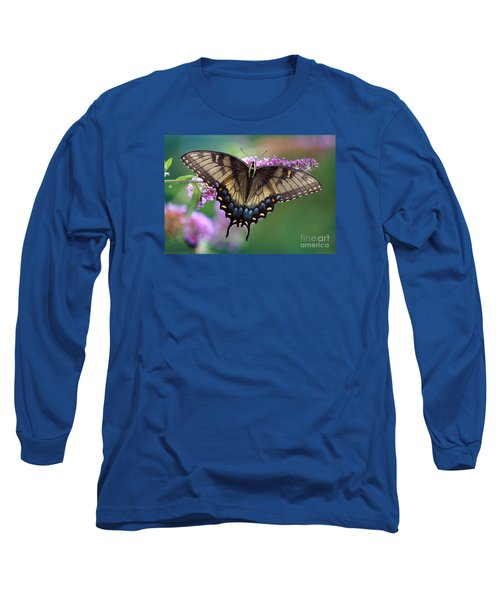 Eastern Tiger Swallowtail Butterfly On Butterfly Bush Long Sleeve T-Shirt