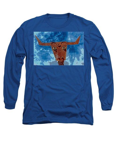 Long Sleeve T-Shirt featuring the photograph A Lucky Bull by Lynn Sprowl