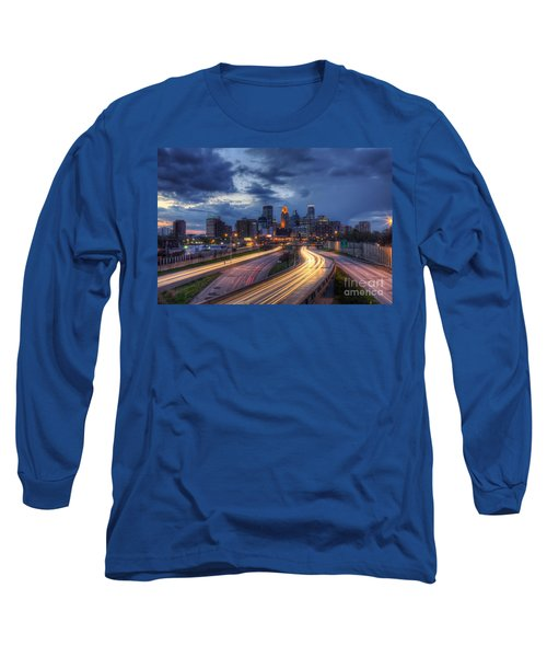 Downtown Minneapolis Skyline On 35 W Sunset Long Sleeve T-Shirt