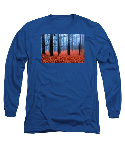 Long Sleeve T-Shirt featuring the photograph Fog On Leaves by Edgar Laureano