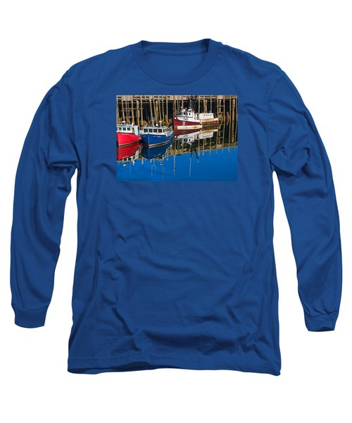 Boats And Reflections At Low Tide On Digby Bay Nova Scotia Long Sleeve T-Shirt