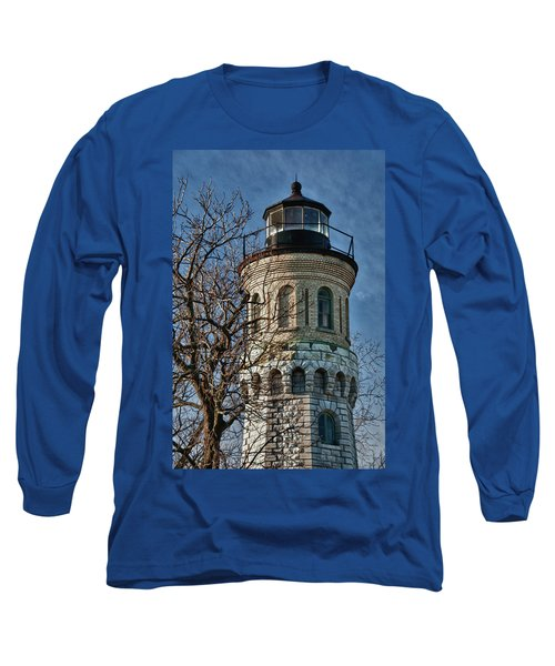 Long Sleeve T-Shirt featuring the photograph Old Fort Niagara Lighthouse 4484 by Guy Whiteley