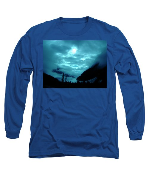 Long Sleeve T-Shirt featuring the photograph Sunday Morning by Jeremy Rhoades