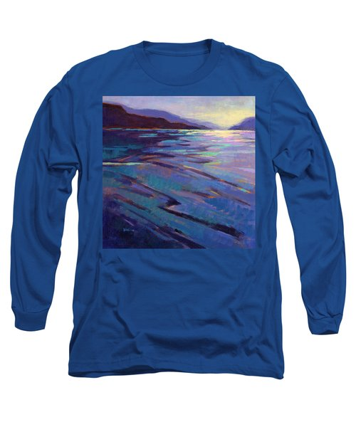 Where The Whales Play 3 Long Sleeve T-Shirt