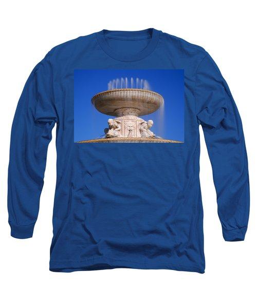 Long Sleeve T-Shirt featuring the photograph The Belle Isle Scott Fountain by Gordon Dean II
