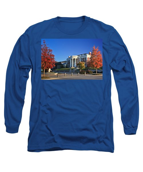 Hunter Museum In Autumn Long Sleeve T-Shirt