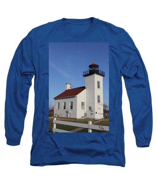 Sand Point Lighthouse Escanaba Long Sleeve T-Shirt