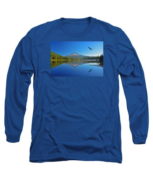 Long Sleeve T-Shirt featuring the photograph Soaring Bald Eagle by Jack Moskovita