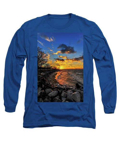 Winter Sunset On A Chesapeake Bay Beach Long Sleeve T-Shirt