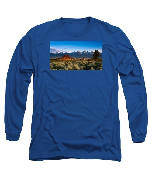 Long Sleeve T-Shirt featuring the photograph A Moulton Barn by Monte Stevens