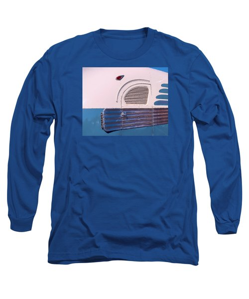 Long Sleeve T-Shirt featuring the photograph Antique Bus by Gary Slawsky