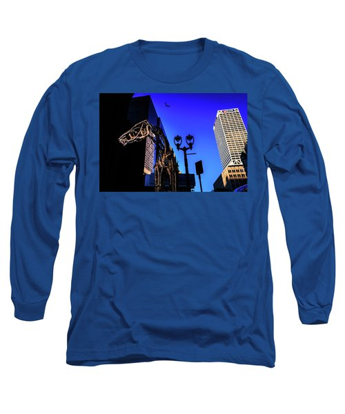 Big Piney Sculpture In Downtown Milwaukee Long Sleeve T-Shirt