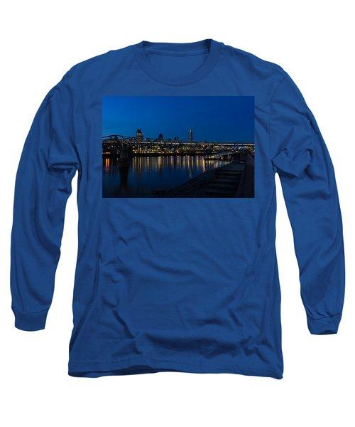 British Symbols And Landmarks - Millennium Bridge And Thames River At Low Tide Long Sleeve T-Shirt