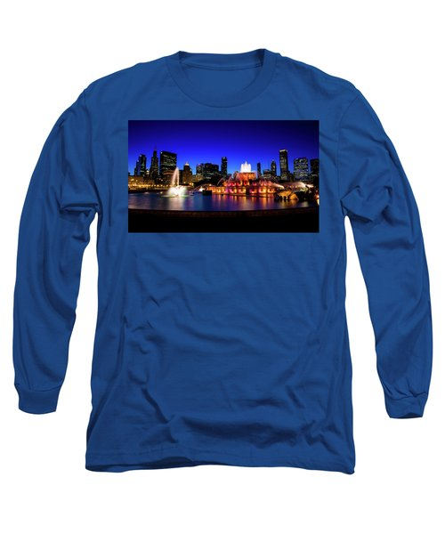 Buckingham Memorial Fountain Long Sleeve T-Shirt