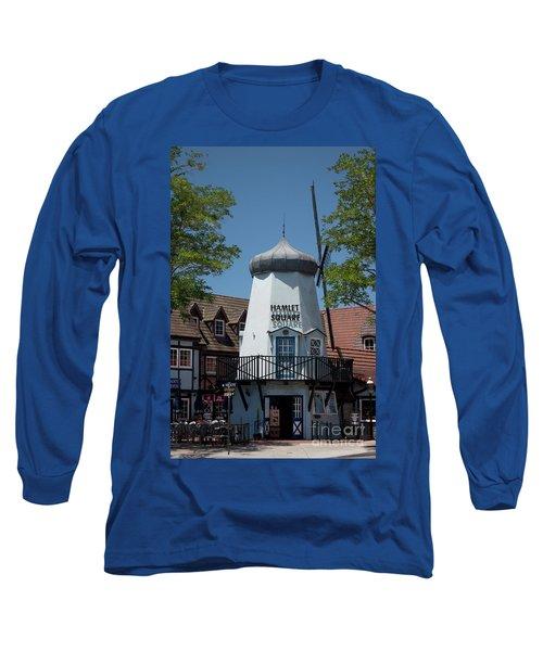 Hamlet Square Long Sleeve T-Shirt