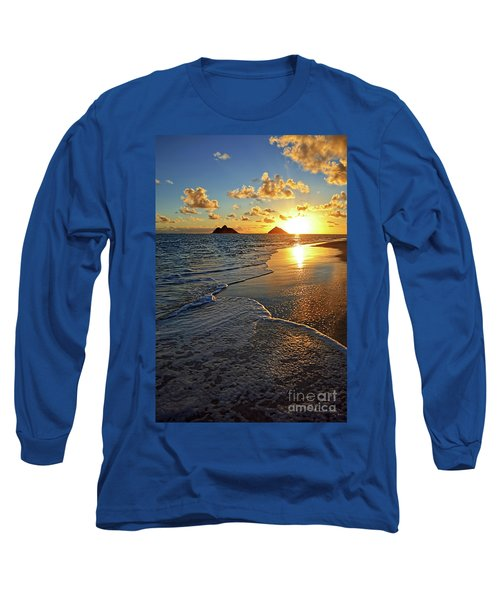 Lanikai Beach Sunrise Foamy Waves Long Sleeve T-Shirt