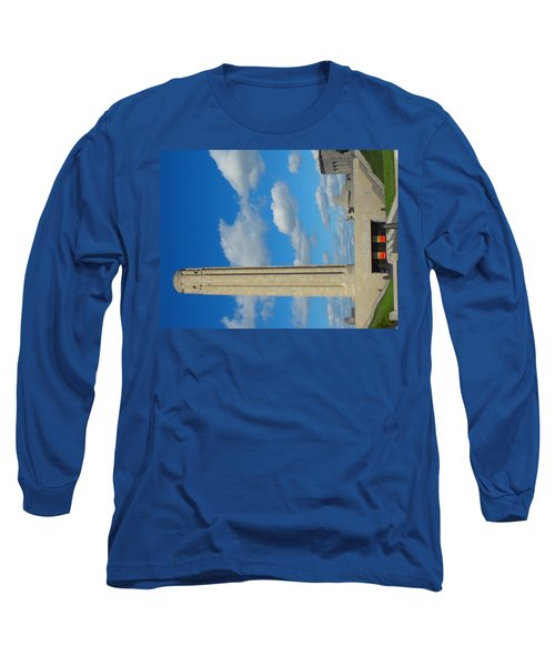 Liberty Memorial On A Perfect Day Long Sleeve T-Shirt