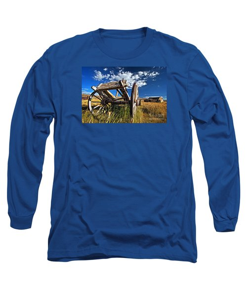 Old Abandoned Wagon, Bodie Ghost Town, California Long Sleeve T-Shirt by Sam Antonio Photography