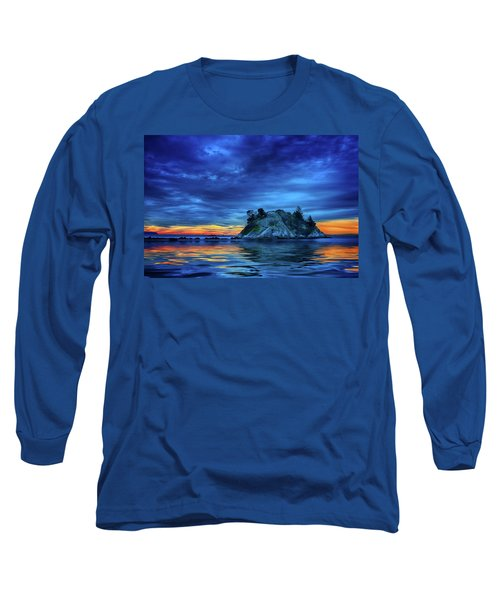 Long Sleeve T-Shirt featuring the photograph Pacific Sunset by John Poon