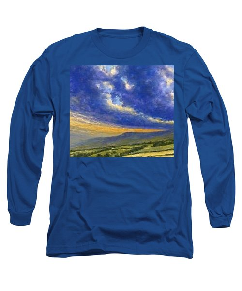 Storm Brewing In Donegal Long Sleeve T-Shirt