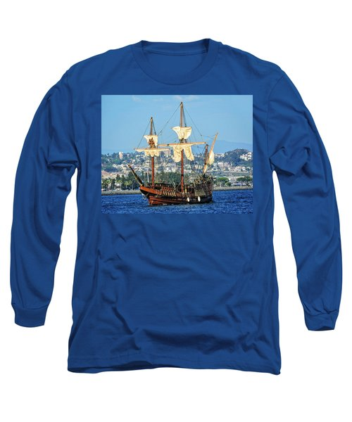 The San Salvador Long Sleeve T-Shirt