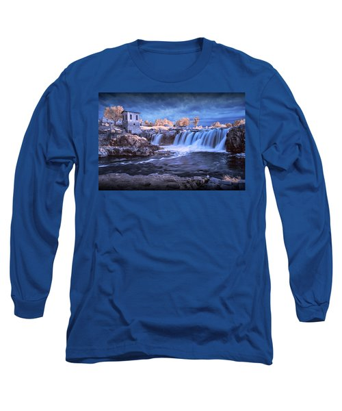 Waterfalls In Infrared At Falls Park In Sioux Falls South Dakota Long Sleeve T-Shirt