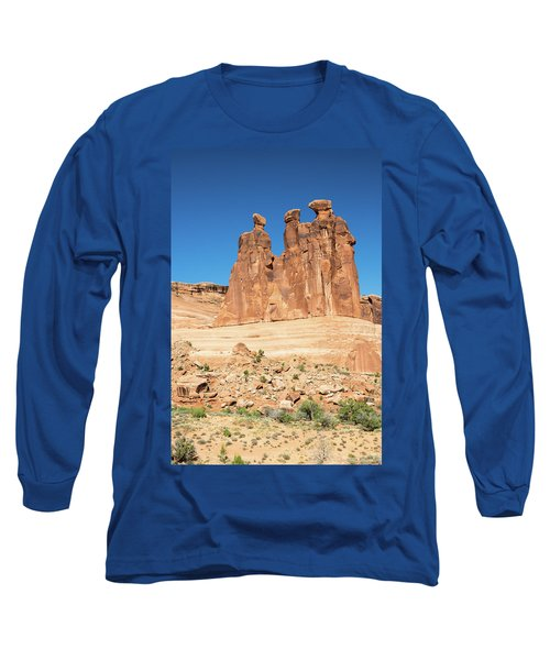 Balanced Rocks In Arches Long Sleeve T-Shirt