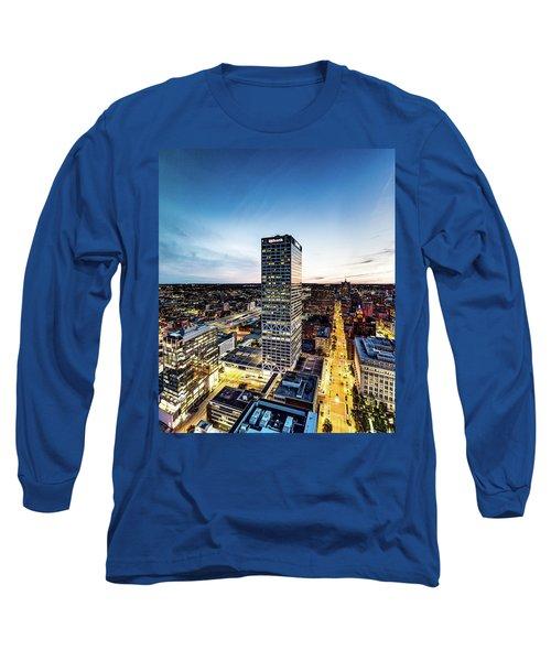 Long Sleeve T-Shirt featuring the photograph Us Bank Tower by Randy Scherkenbach