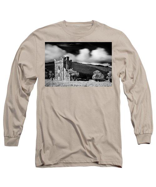 Castle Ruins / Ireland Long Sleeve T-Shirt
