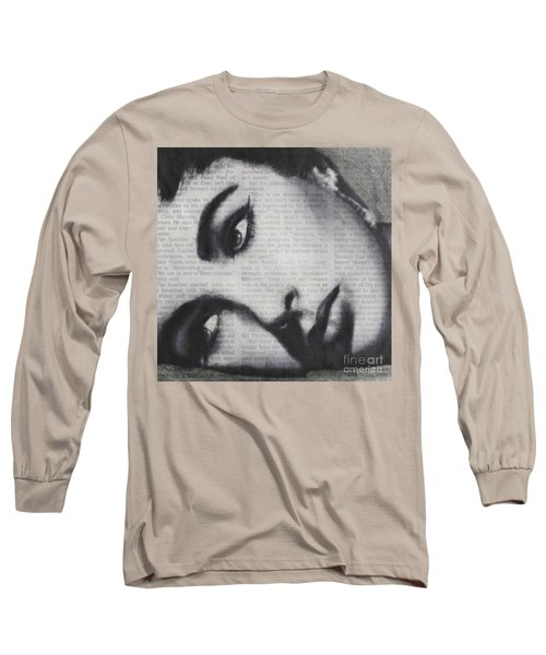 Art In The News 15-elizabeth Long Sleeve T-Shirt