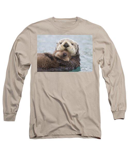 Female Sea Otter Holding Newborn Pup Long Sleeve T-Shirt