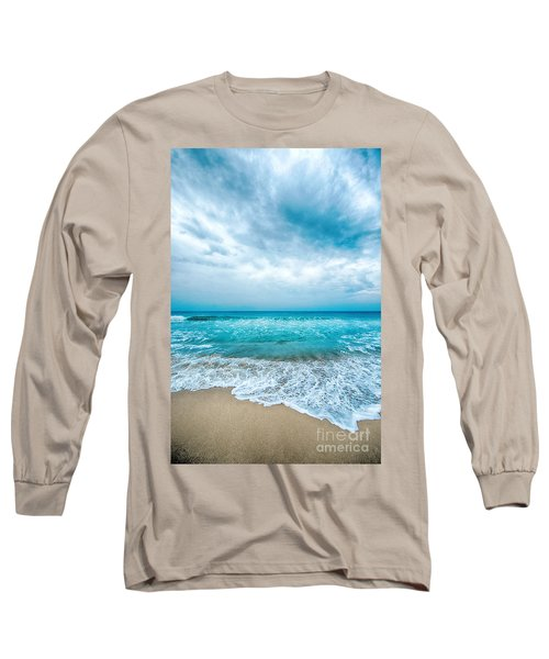 Long Sleeve T-Shirt featuring the photograph Beach And Waves by Yew Kwang