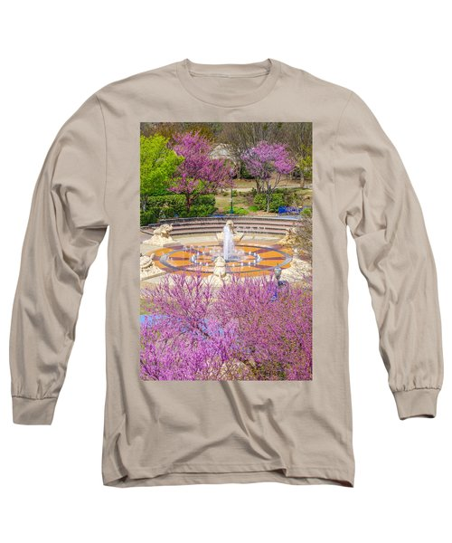 Coolidge Park Fountain In Spring Long Sleeve T-Shirt