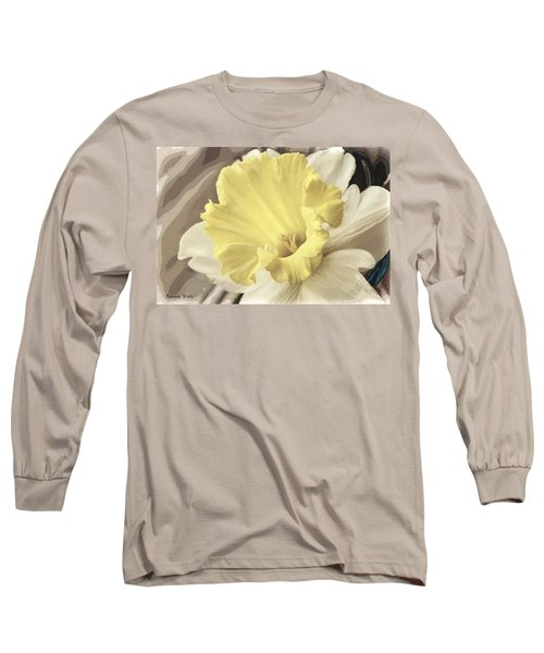 Daffadil In Yellow And White Long Sleeve T-Shirt