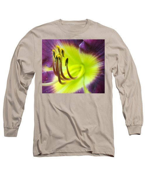 Daylily Macro 2 Long Sleeve T-Shirt by Richard Rosenshein