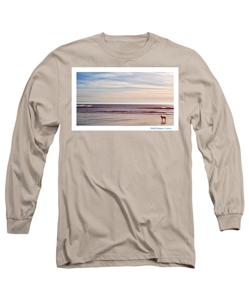 Dog On The Beach Long Sleeve T-Shirt